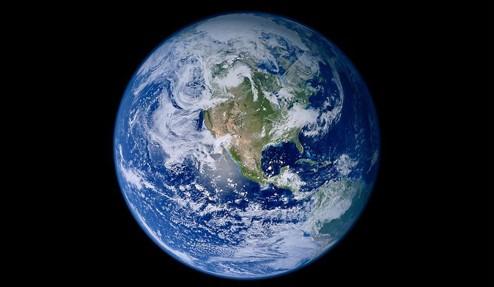该现象是由于地球自转速度变慢导致